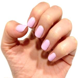uñas color rosa pamplona GMEL centro de estética